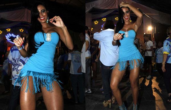 Lorena-Bueri-mostra-demais-de-novo-em-ensaio-de-escola-de-samba2