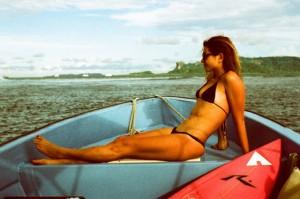 A bela surfista Anastasia Ashley