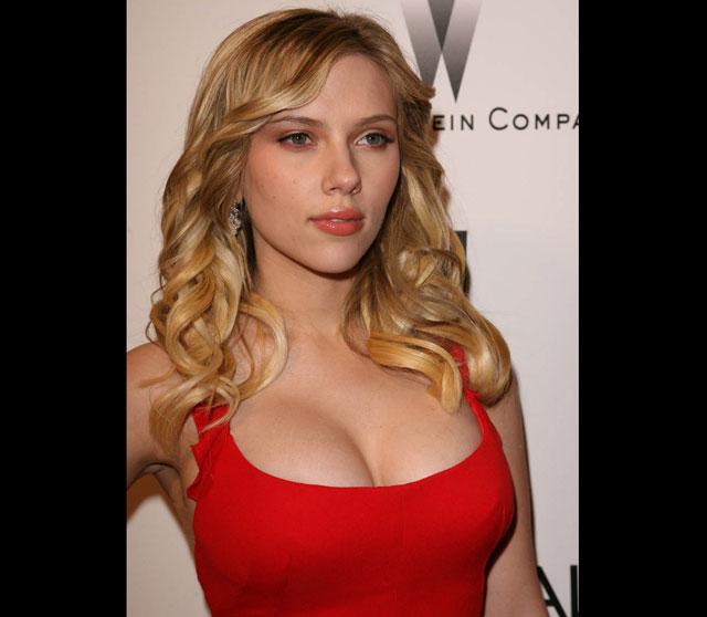 As 10 celebridades com os seios naturais mais lindos Scarlett Johansson