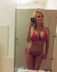 10 mulheres gostosas em frente ao espelho