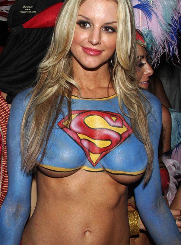 supergirl-body-paint-3
