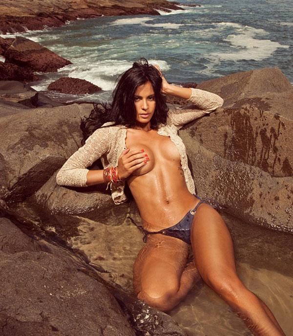 Fiz marca de bikini pra levar pau - 1 part 6
