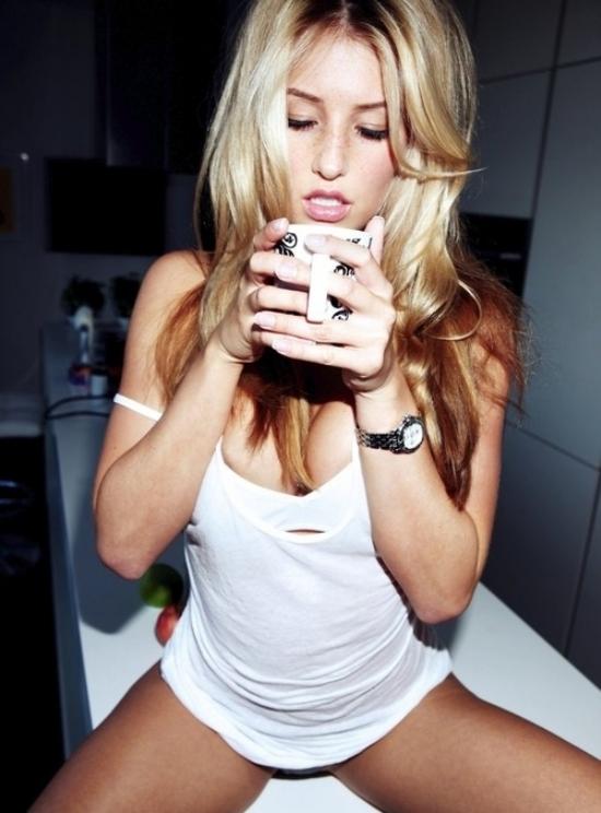 Mulheres-e-cafe-o-melhor-cafe-da-manha