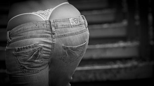 Mulheres-gostosas-vestindo-Jeans10