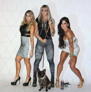 Aline Riscado, Juju Salimeni e Carol Narizinho juntas