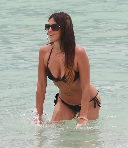 Claudia Romani de biquíni