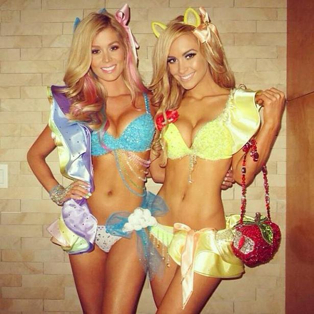 sexy-halloween-girls-027-10302013