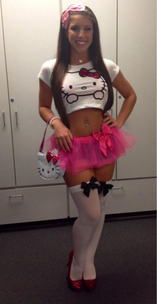sexy-halloween-girls-043-10302013