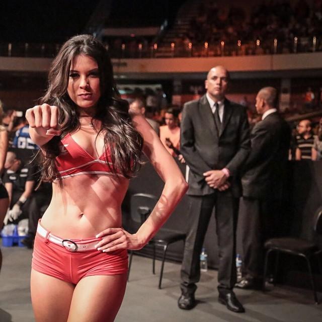 Camila Oliveira - Uma linda Ring Girl