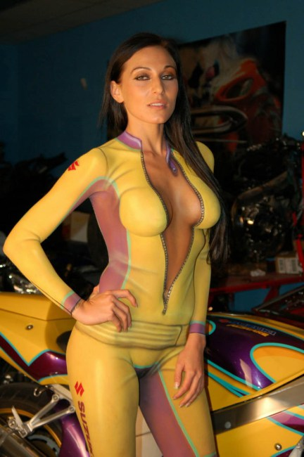 sexy-halloween-body-paint11