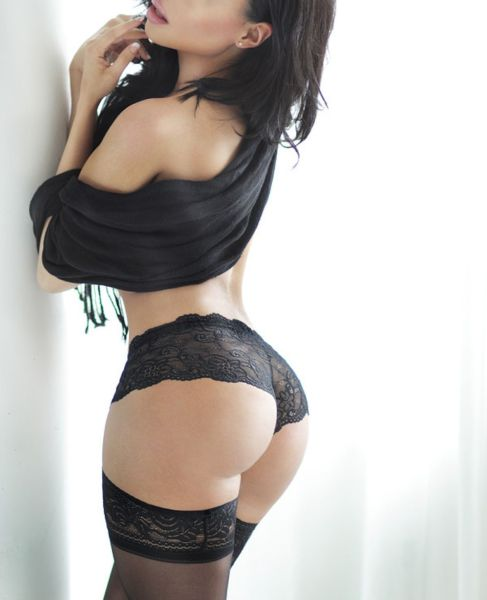 sexy_lingerie_is_what_mens_dreams_are_made_of_640_26