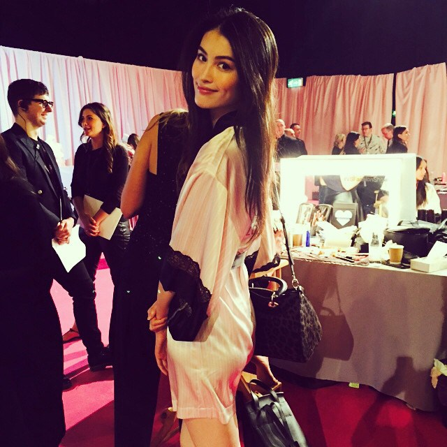 backstage-victorias-secret-fashion-show-20146