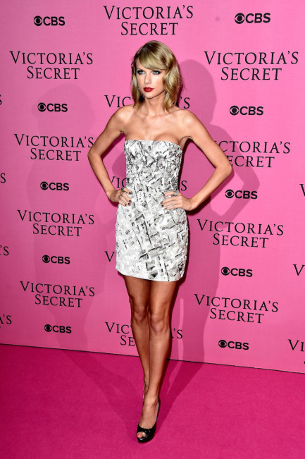 2014 Victoria's Secret Fashion Show - Pink Carpet Arrivals