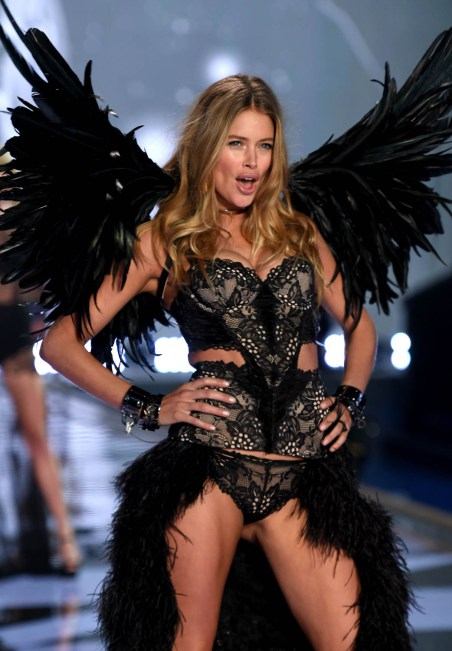 2014 Victoria's Secret Fashion Show - Show