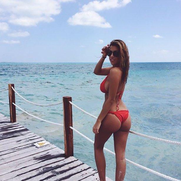 bikini-sunday-023-03292014