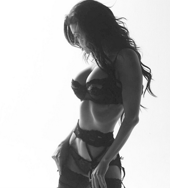21-belas-mulheres-de-lingeries13