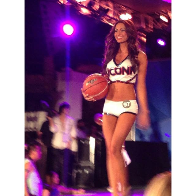hooters-international-swimsuit-pageant-201419