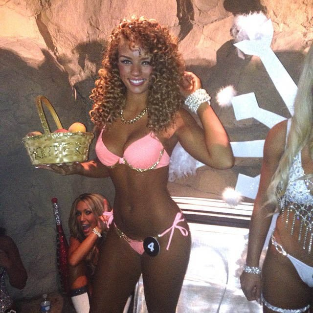 hooters-international-swimsuit-pageant-201422