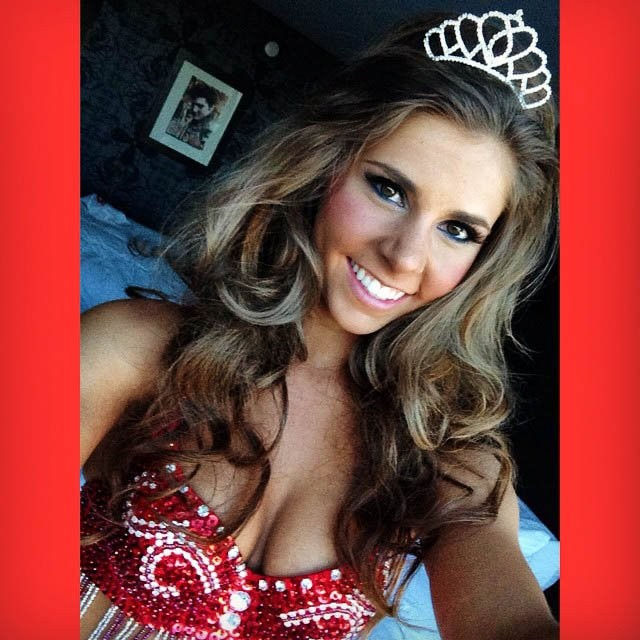 hooters-international-swimsuit-pageant-201424