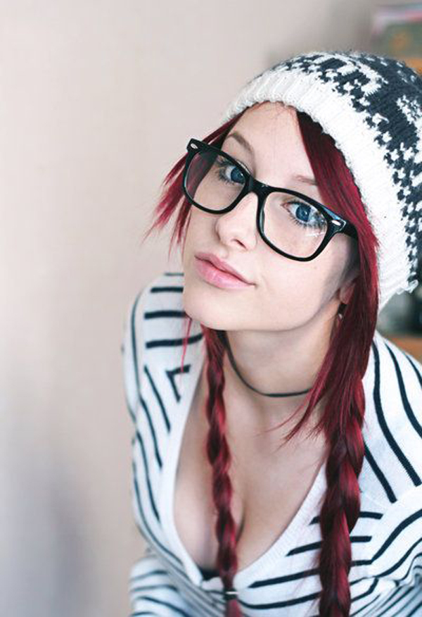 Hot-girls-with-glasses11