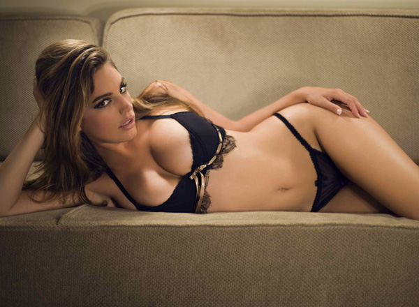 kelly-brook-e-linda6