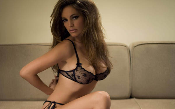 kelly-brook-e-linda7