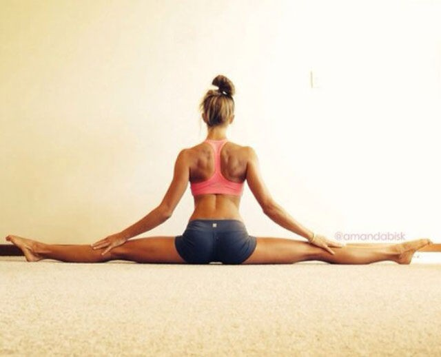 girls_who_have_flexibility_nailed_640_33