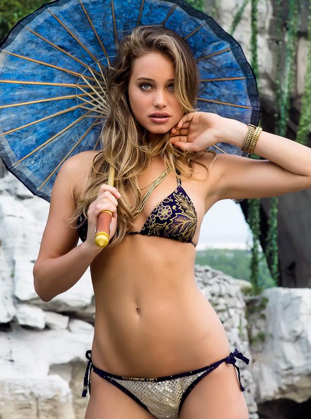 Hannah-davis2