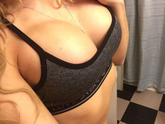 these_girls_in_sports_bras_will_inspire_you_to_hit_the_gym_640_15
