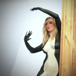 Joanna Krupa Bodypaint para o PETA