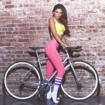 mulheres-gostosas-de-bicicleta10