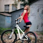 mulheres-gostosas-de-bicicleta5
