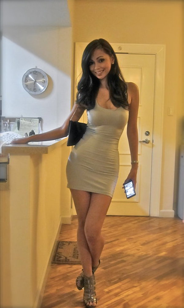 tight-dresses-go-hand-in-hand-with-the-weekend-35