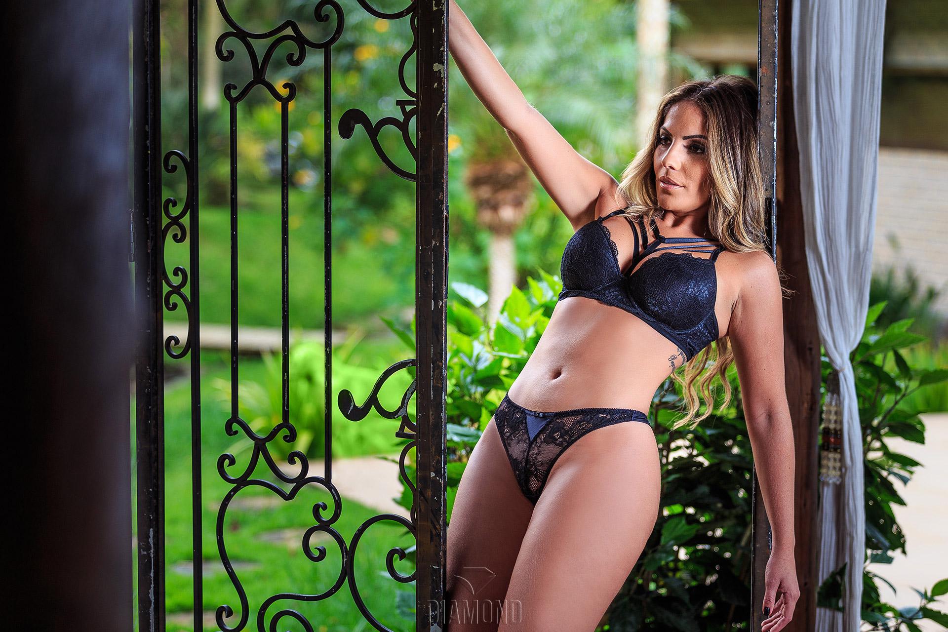 Ensaio sensual de Anamara ex BBB6