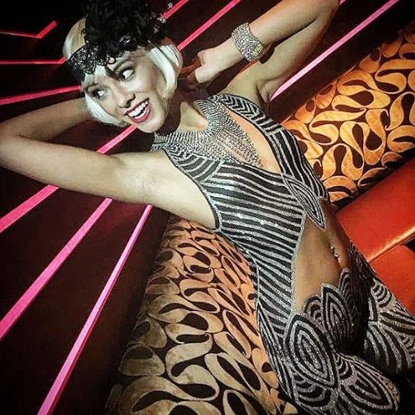 joanie-brosas-e-chamada-de-rainha-do-cosplay15
