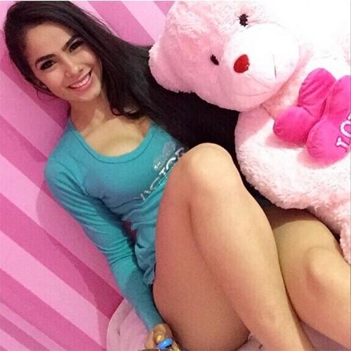Juliana Caetano (19)