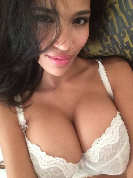 boobs_like_these_are_gods_gift_to_men_640_04