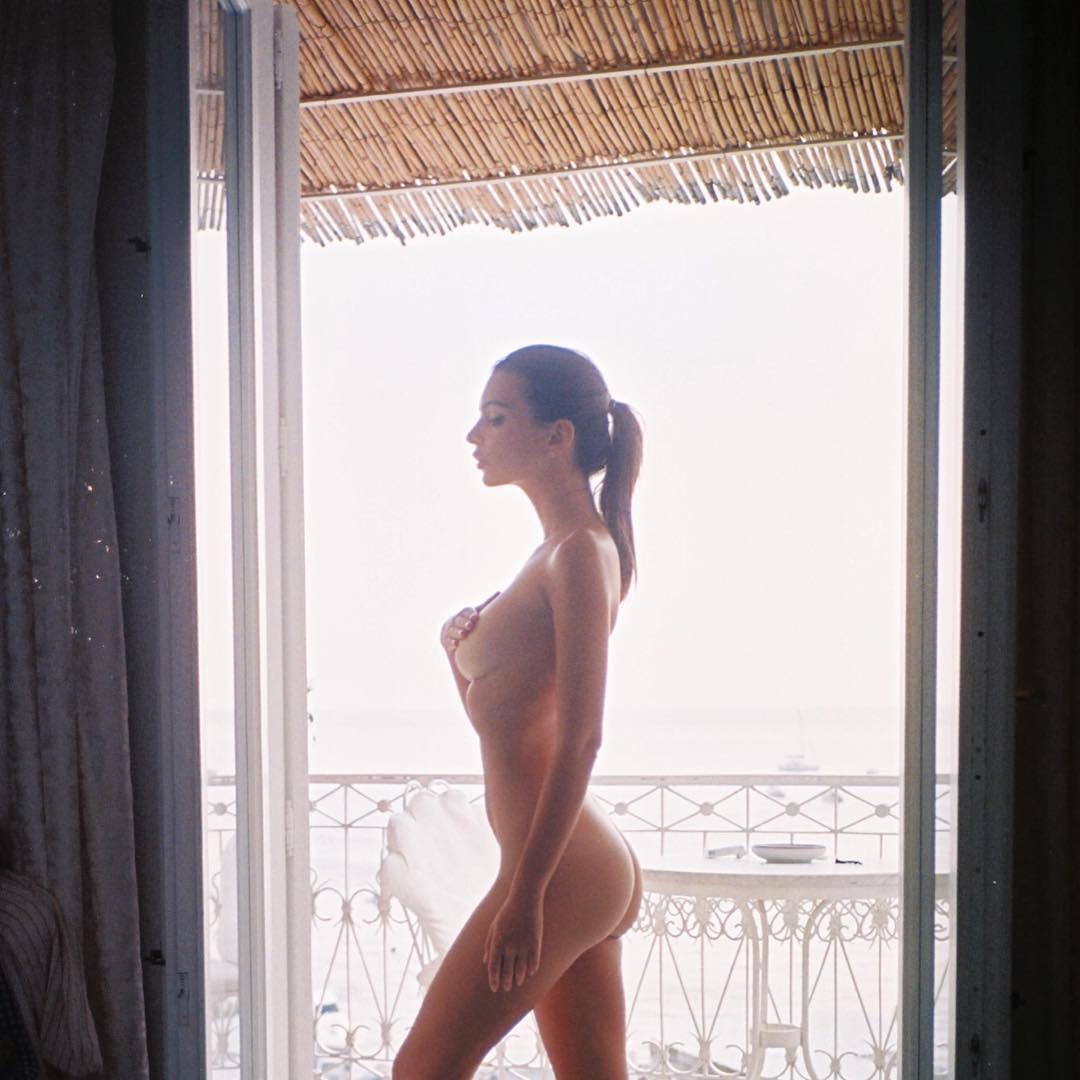 emily-ratajkowski-nua-no-instagram2