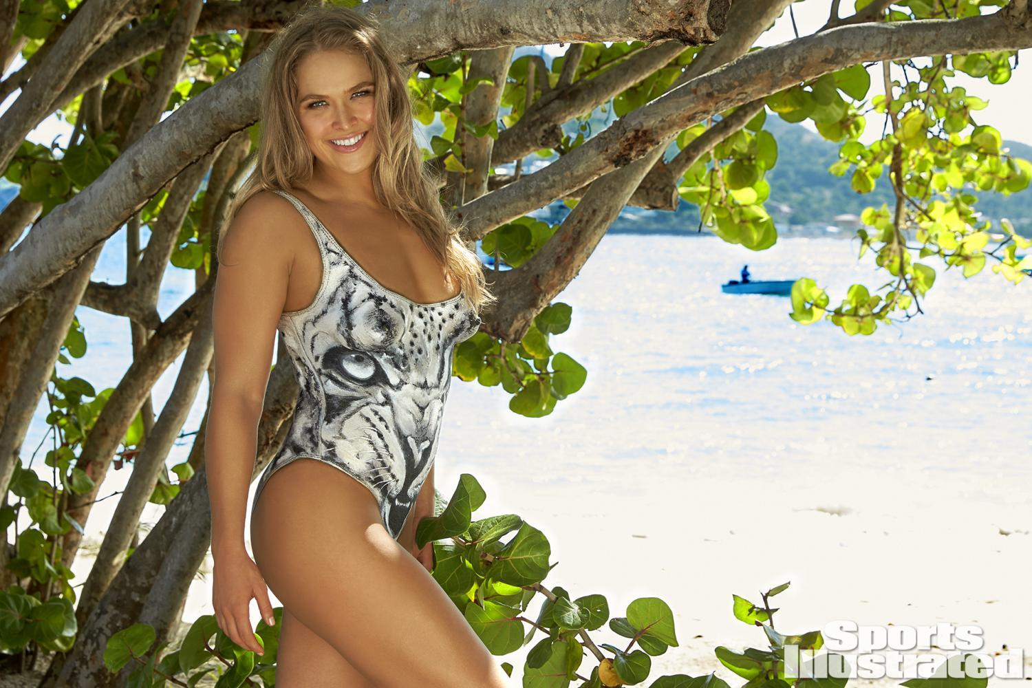 ronda-rousey-foi-capa-da-revista-sports-illustrated-so-de-bodypaint11