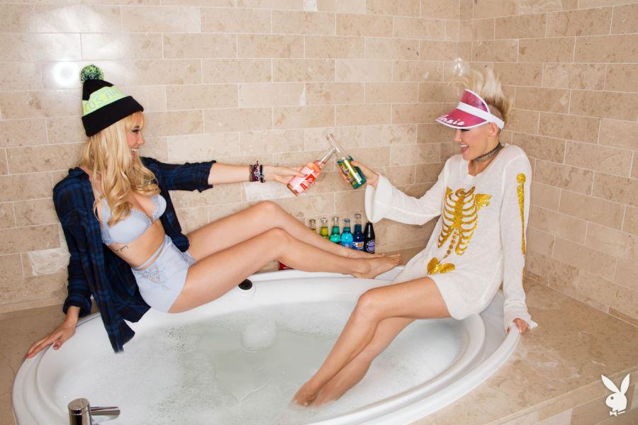 As Irmãs gêmeas DJs Nervo em Vegas