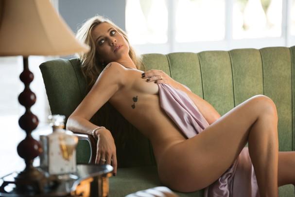 Playboy divulga primeiras imagens da capa da playboy Luana Piovani