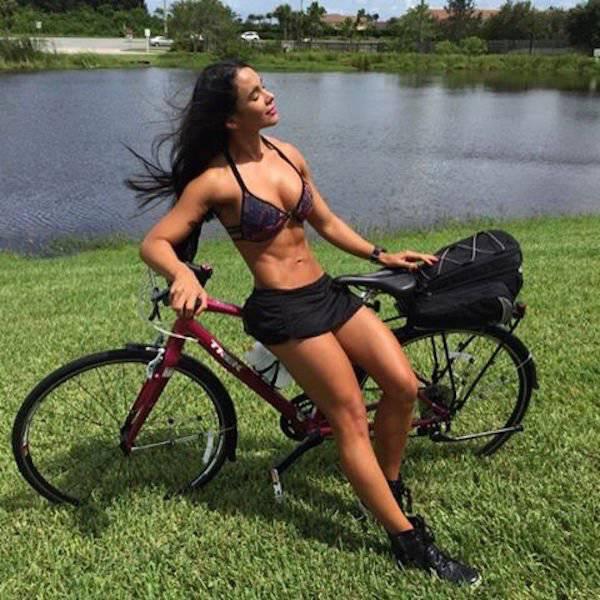 mulheres-e-bicicletas-colocando-um-sorriso-nas-suas-vidas12