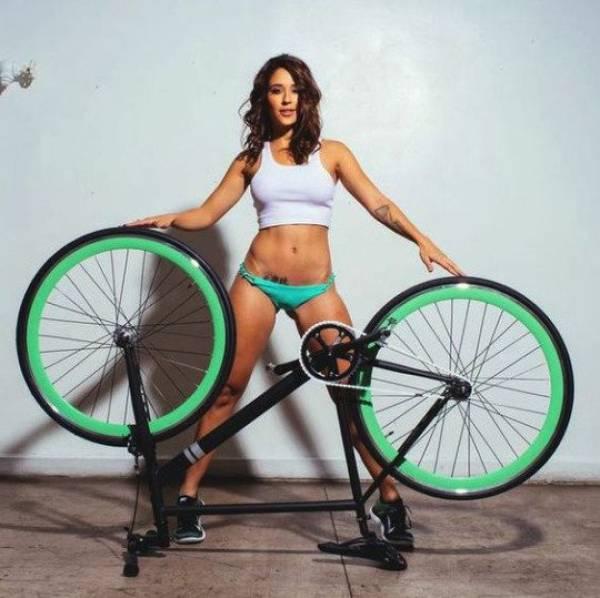 mulheres-e-bicicletas-colocando-um-sorriso-nas-suas-vidas26