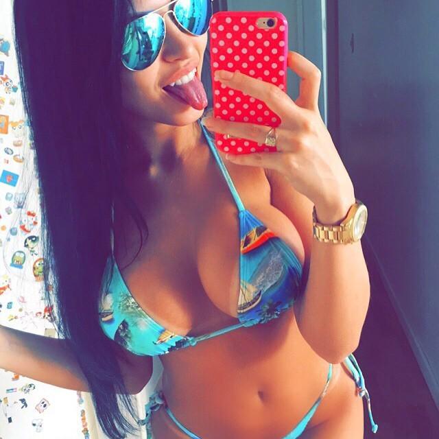 claudia-alende-a-gostosa-do-instagram-16