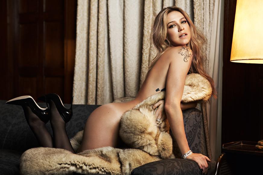 Luana Piovani – Making Of Revista VIP