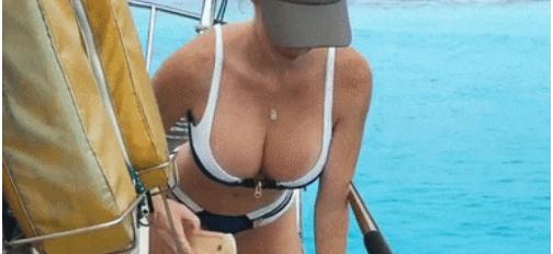 Dando aquela limpadinha no barco!