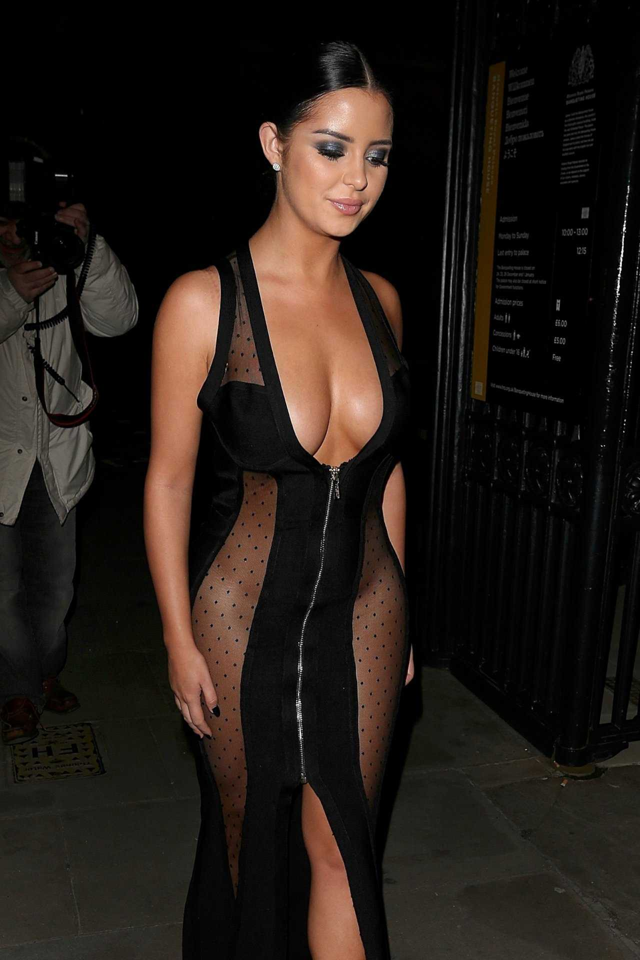 demi-rose-e-seu-vestido-sexy-no-beauty-awards-em-londres04
