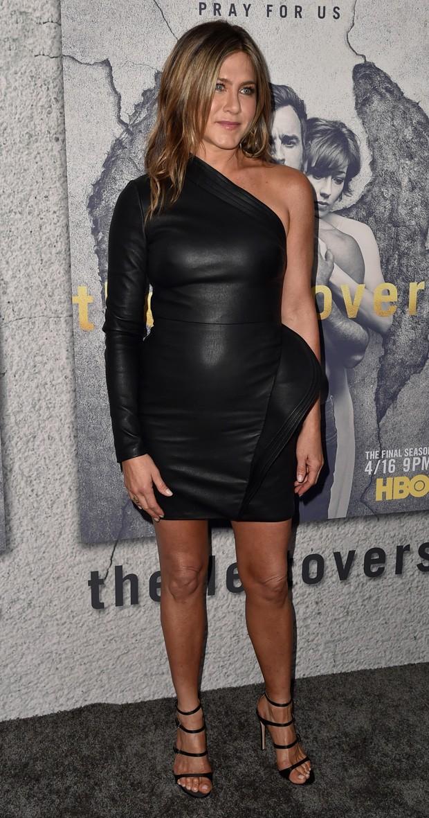 Jennifer Aniston sem sutiã
