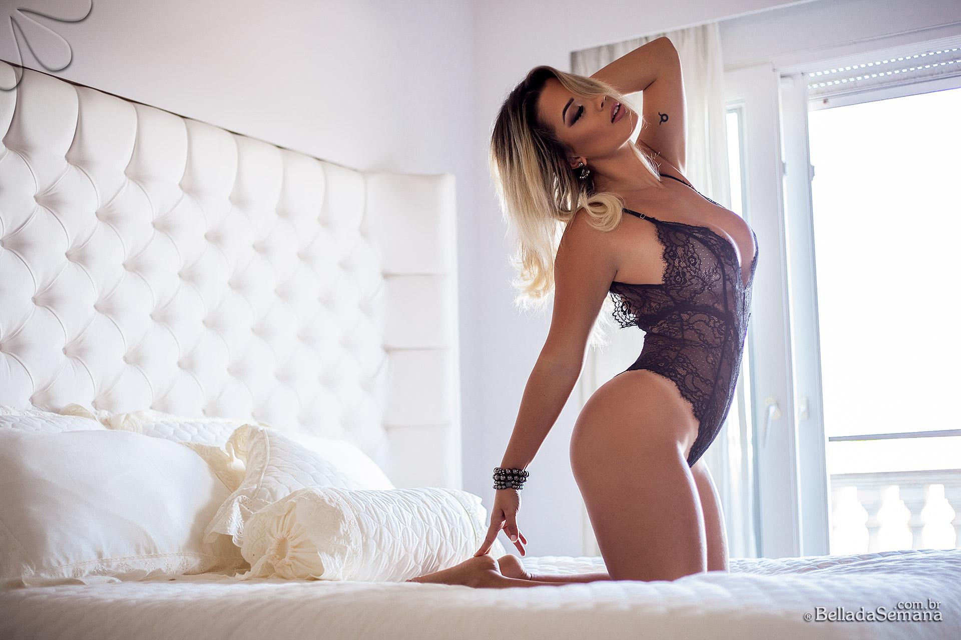 Vanessa Vailatti na Bella da Semana