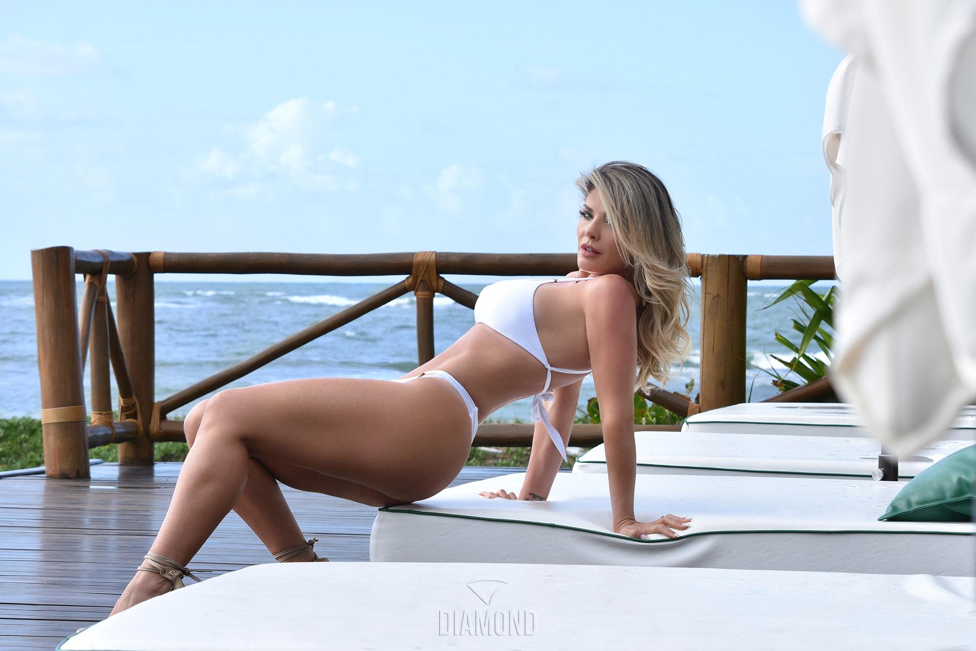 Viviane Bordin no especial de 2 anos da Diamond Brazil
